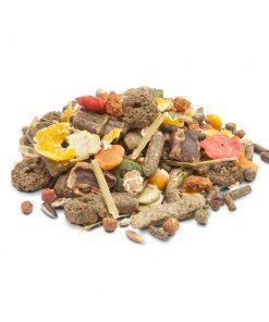 غذا خرگوش ورسل لاگا مدل کریسپی در بسته های 2 کیلوگرمی حاوی ترکیبی از پلت های صنعتی ویتامینه و سبزیجات و میوه هاست ساخت کشور بلژیک